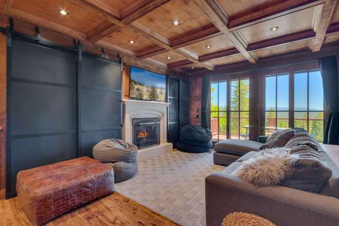 Exceptional Truckee Acreage Estate | 13074 Timber Ridge Ct | Spacious Family Room