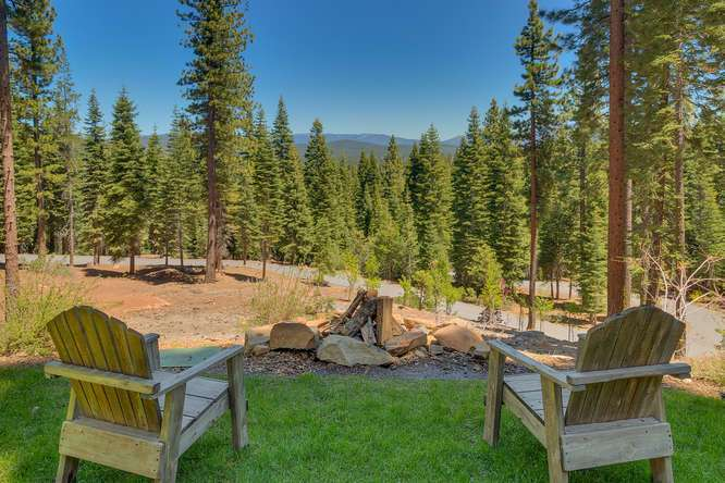 Exceptional Truckee Acreage Estate | 13074 Timber Ridge Ct | Back Yard with Views
