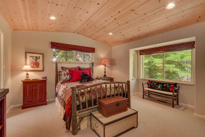 Lake Tahoe Real Estate | 430 Granlibakken Rd Tahoe City | Master Bedroom
