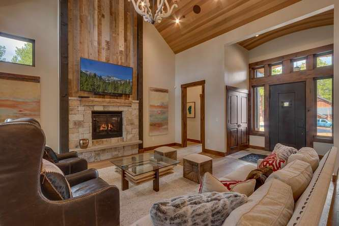 Truckee Luxury Real Estate | 11239 Henness Rd Truckee CA | Living Room