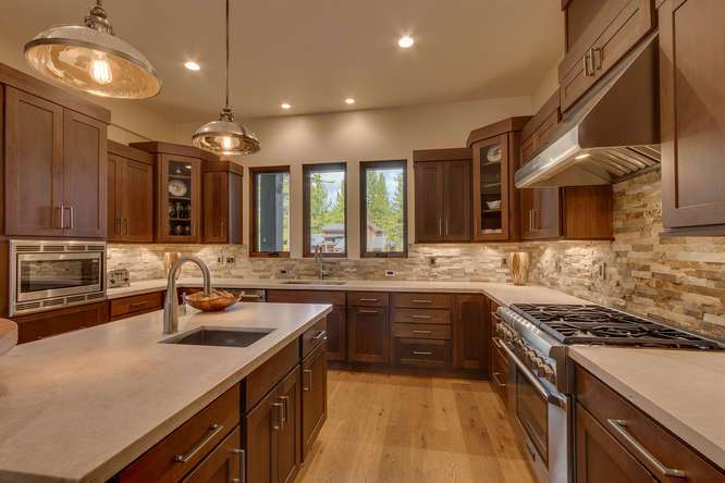 Gray's Crossing Truckee | 11239 Henness Rd Truckee CA | Kitchen