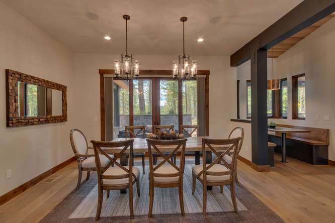 Gray's Crossing Real Estate | 11239 Henness Rd Truckee CA | Dining Room