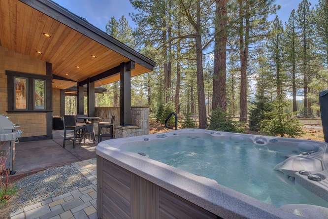 Gray's Crossing Truckee Home for Sale | 11239 Henness Rd Truckee CA | Hot Tub