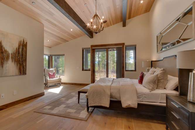 Gray's Crossing Real Estate | 11239 Henness Rd Truckee CA | Master Bedroom