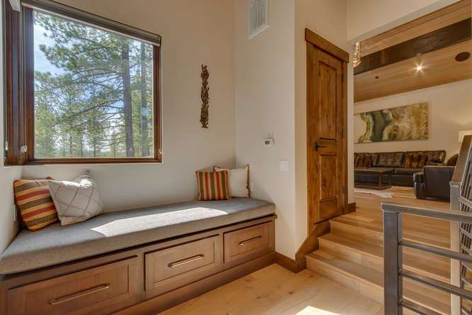 Truckee Home for Sale | 11239 Henness Rd Truckee CA | Upper Landing