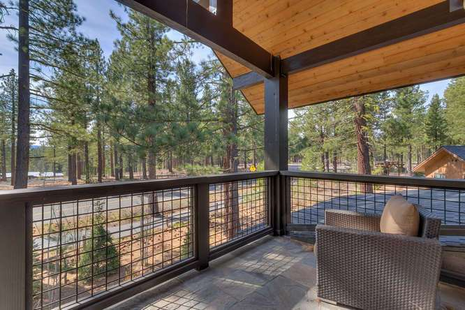 Gray's Crossing Luxury Real Estate | 11239 Henness Rd Truckee CA | Upstairs Patio