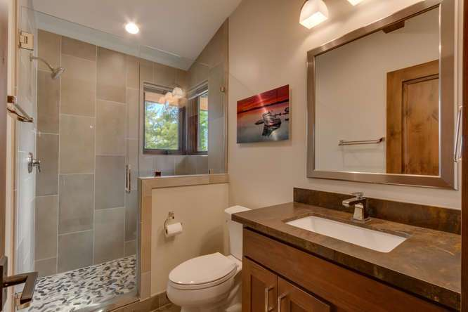 Gray's Crossing Truckee Home for Sale | 11239 Henness Rd Truckee CA | Bathroom