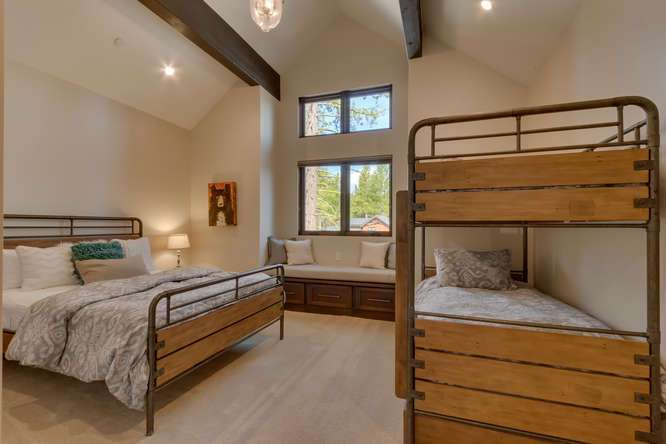 Gray's Crossing Luxury Home for Sale | 11239 Henness Rd Truckee CA | Bedroom Ensuite