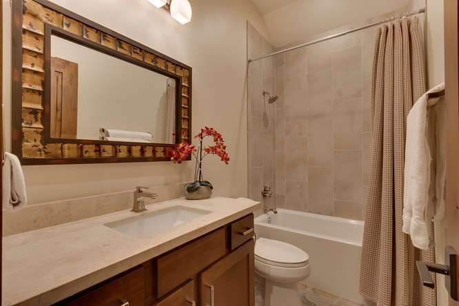 Truckee Luxury Home for Sale | 11239 Henness Rd Truckee CA | Bathroom
