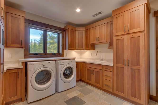 Truckee Golf Real Estate | 11239 Henness Rd Truckee CA | Laundry Room
