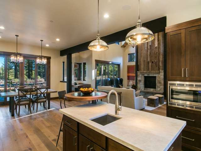 Luxury Kitchen in Grays Crossing | Gray's Crossing Real Estate