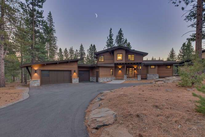 Gray's Crossing Golf Course Home | 11251 Ghirard Rd.
