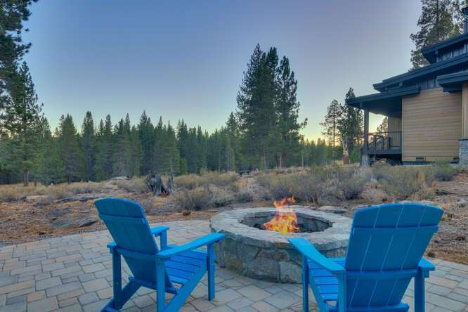 Fire Pit with amazing views | Gray's Crossing Golf Course home