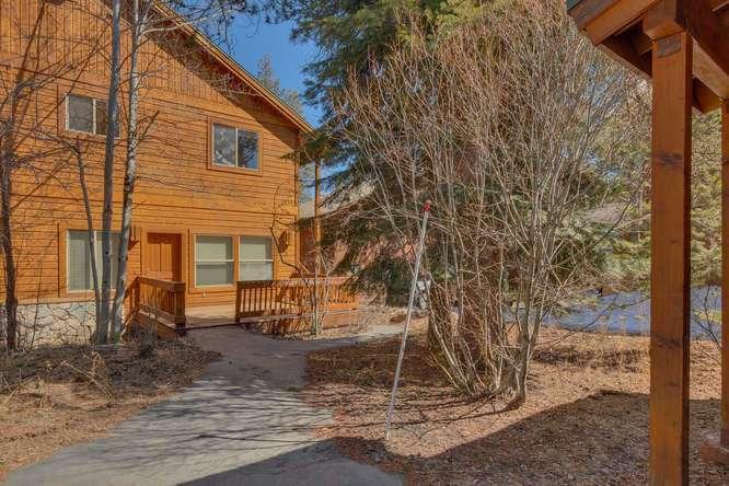 Tahoe Donner Condo |11375 Northwoods Blvd #4