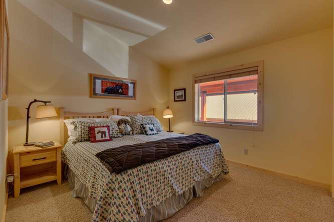 Tahoe Donner Condo |11375 Northwoods Blvd #4 | Master Bedroom