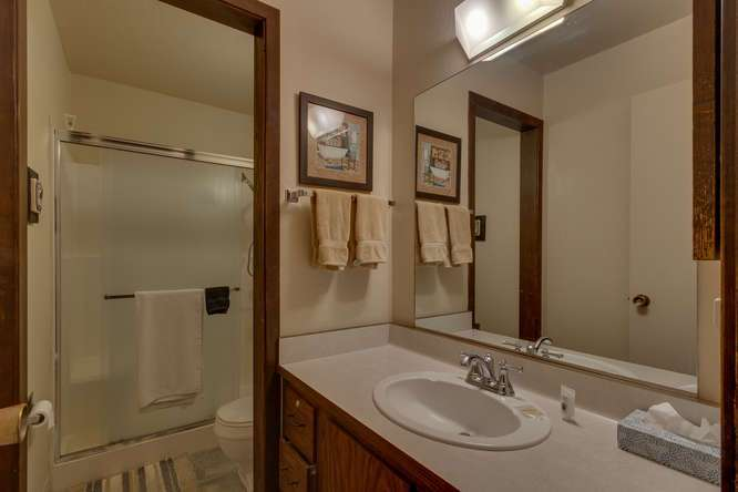 Condo in Lake Tahoe for Sale | 1001-Commonwealth-Dr-143 | Bathroom