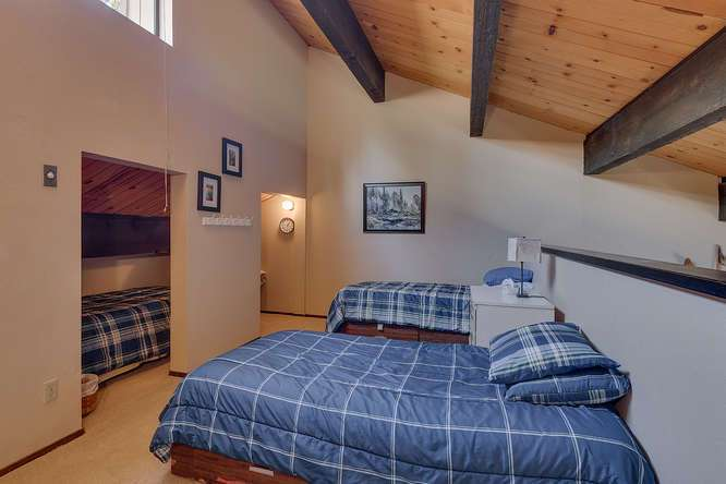 Condo in North Lake Tahoe for Sale | 1001-Commonwealth-Dr-143 | Loft