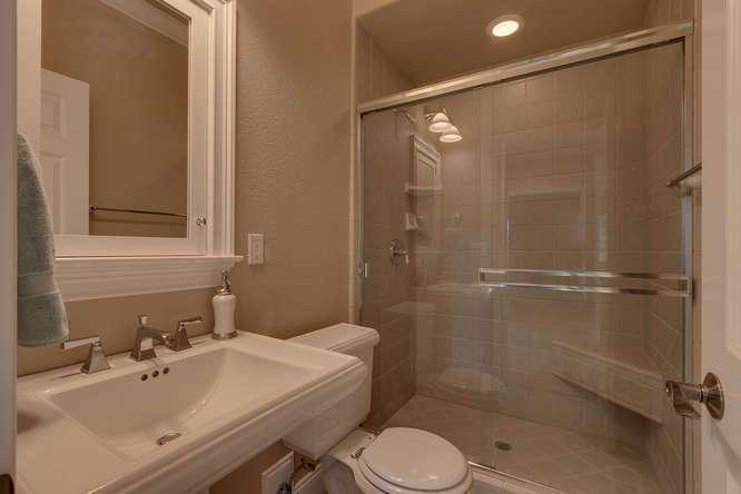 Kings beach Real Estate | Bathroom