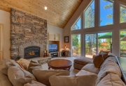 Lake Tahoe Real Estate | Breathtaking living room