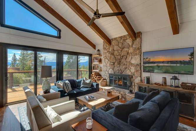 Luxury Lake Tahoe Home for sale | 3185 Meadowbrook Drive | Stunning living room featuring vaulted ceilings