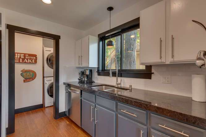 Lake Tahoe Home for Sale | 3185 Meadowbrook Drive | Kitchen