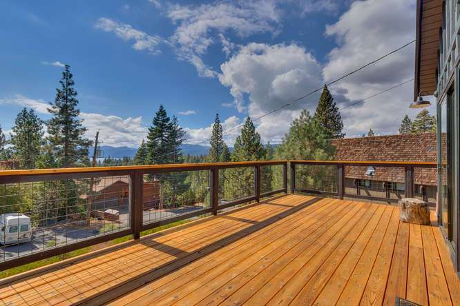 North Lake Tahoe Real Estate | 3185 Meadowbrook Drive | Patio