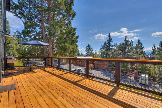 Lake Tahoe Real Estate | 3185 Meadowbrook Drive | Patio