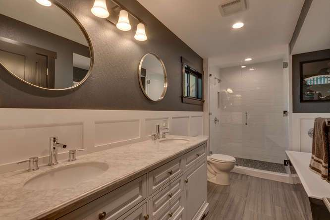 Tahoe Luxury Home for Sale | 3185 Meadowbrook Drive | Master Bath