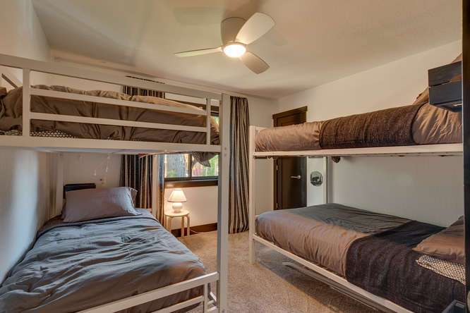 Lake Tahoe Luxury Real Estate | 3185 Meadowbrook Drive | Guest Bedroom