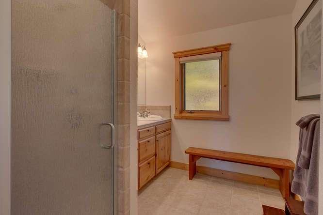Guest bathroom | Carnelian Bay luxury home