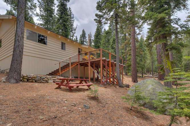 Cabin in Lake Tahoe for Sale | 432 Sierra Dr Tahoma CA 96142 | Back Exterior