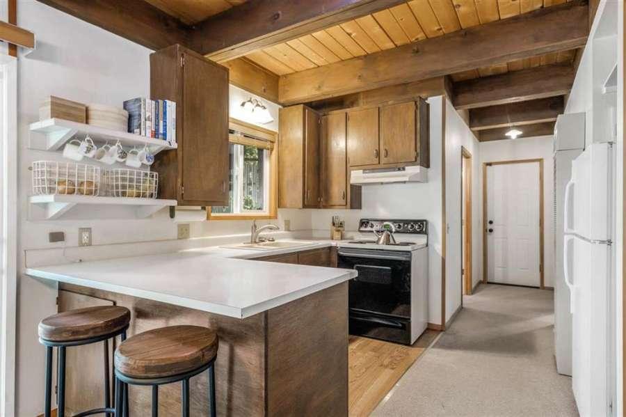 Carnelian Bay Chalet   kitchen