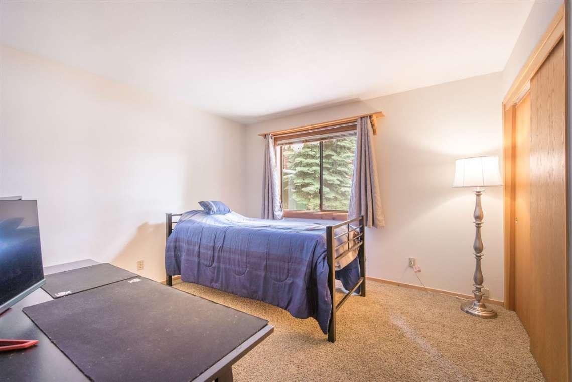 Home in Truckee | Bedroom