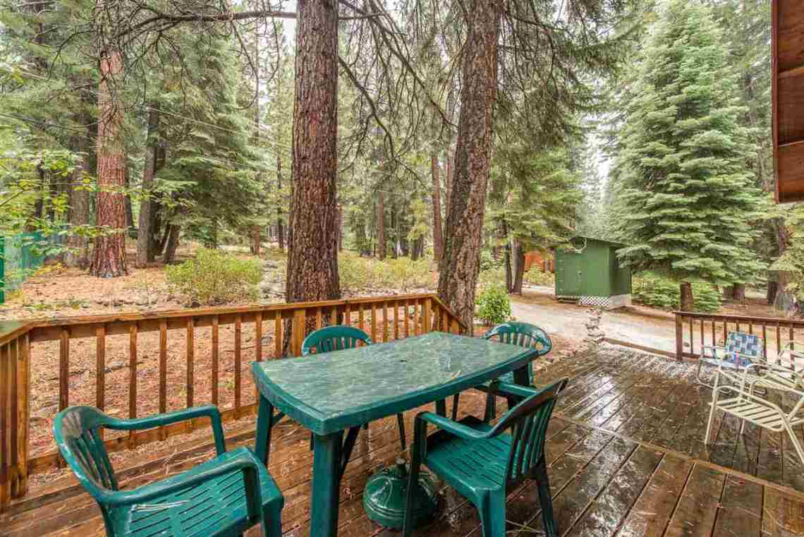 Truckee Real Estate | Back Deck