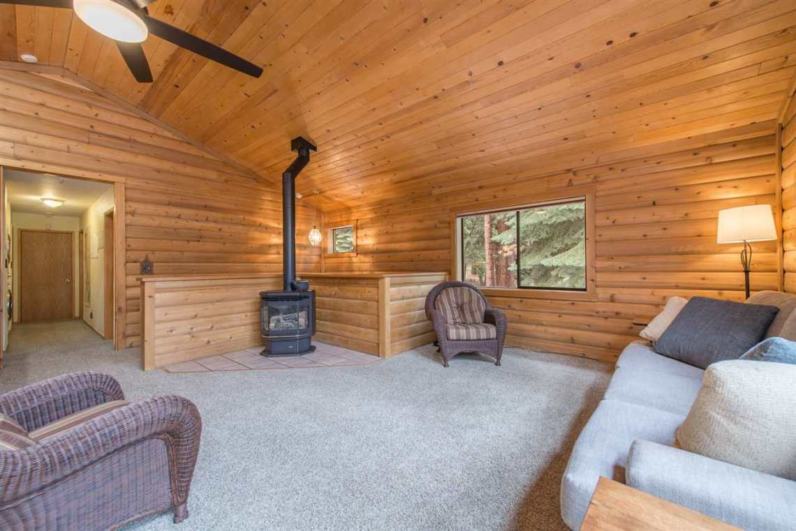 Truckee Real Estate | Living Room