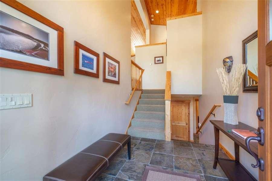 Entry way | Elegant Tahoe Donner Getaway