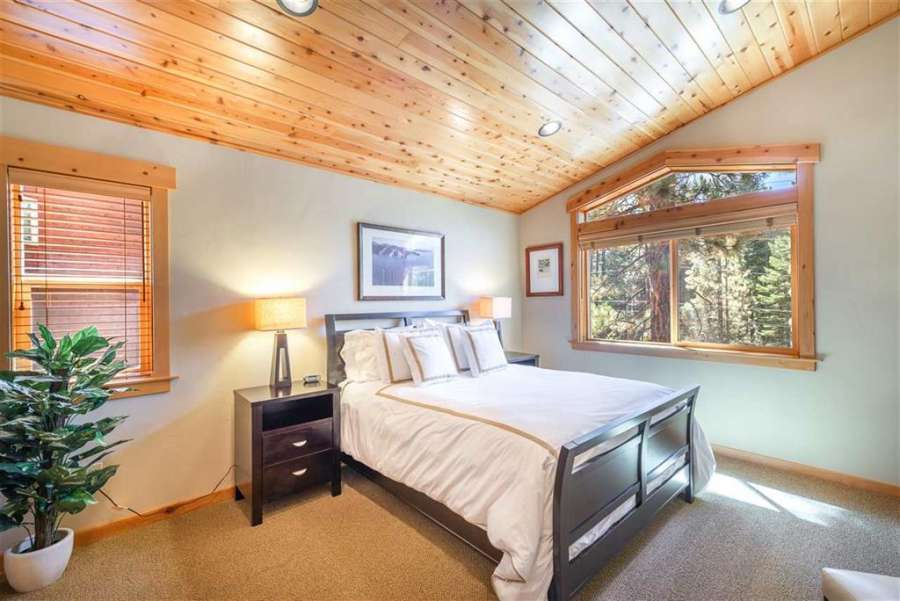 Guest Bedroom | 13151 Muhlebach Way