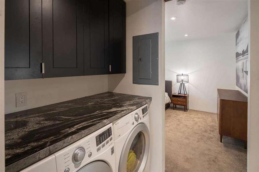Laundry Room   Prosser Lakeview Estates Home