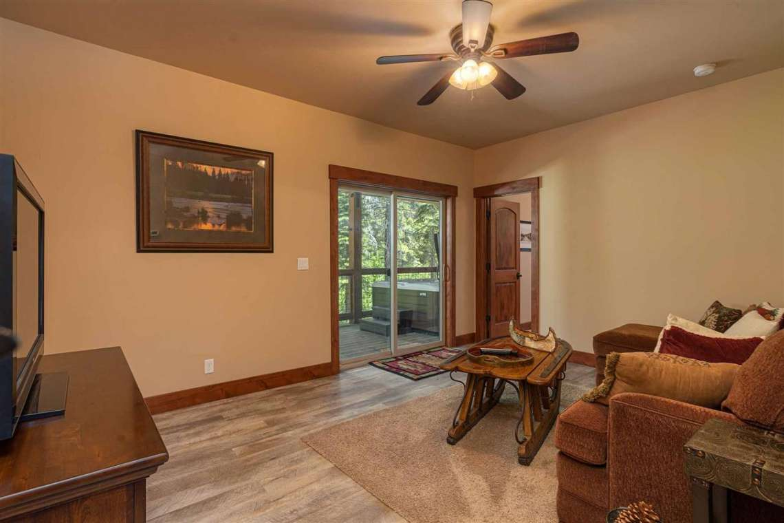 Tahoe Donner Home  |  13988 Swiss Lane Truckee, CA | TV Room and Patio