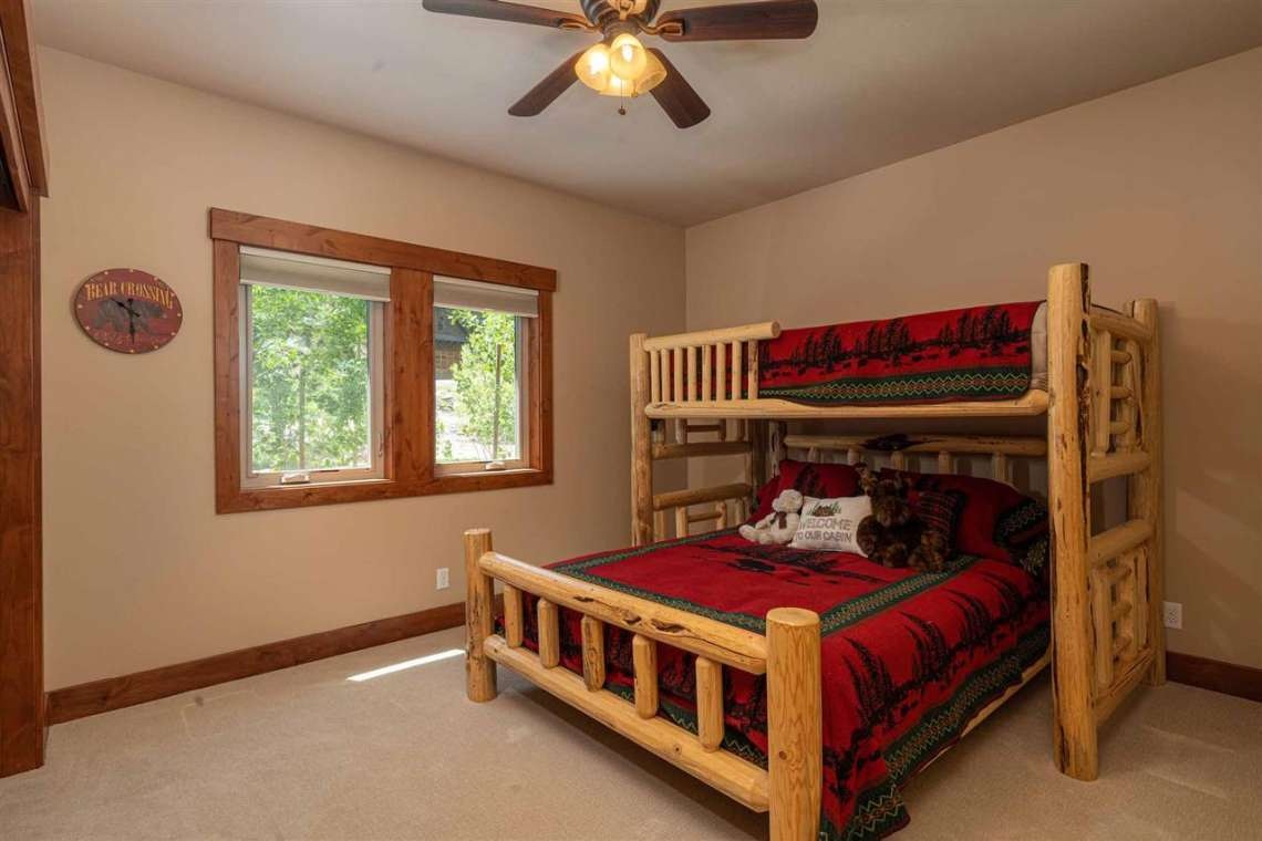 Tahoe Donner Property  |  13988 Swiss Lane Truckee, CA | Bedroom