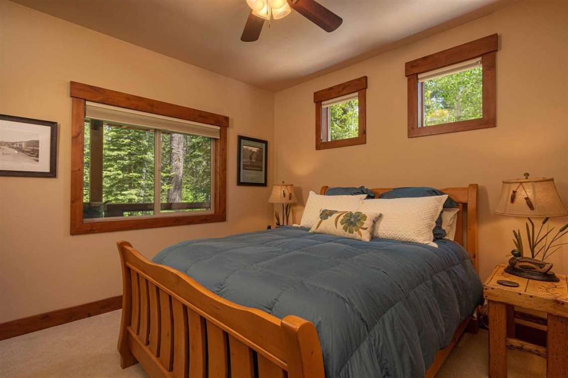 Tahoe Donner Real Estate  |  13988 Swiss Lane Truckee, CA | Bedroom