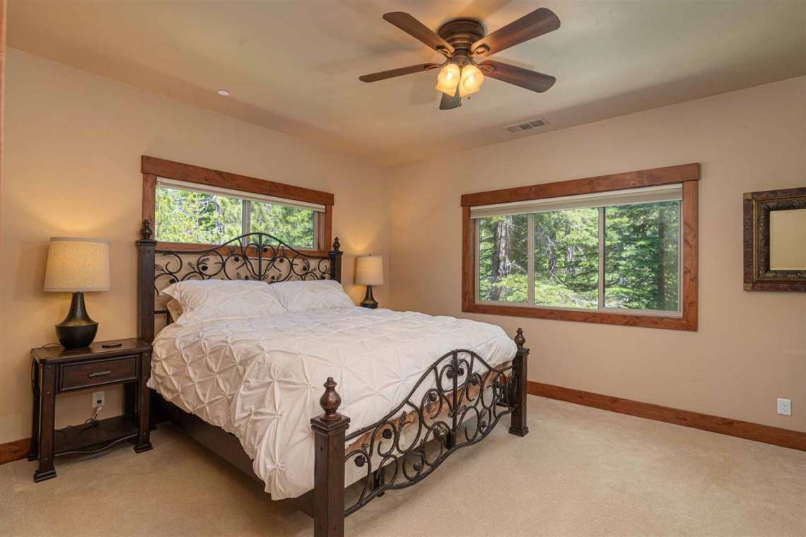 Truckee Real Estate  |  13988 Swiss Lane Truckee, CA | Bedroom