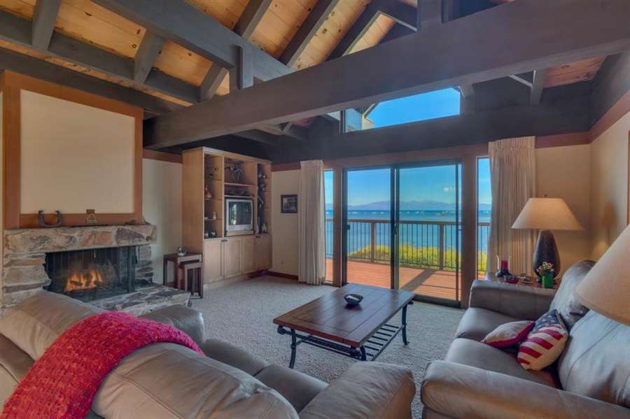 Stunning Living Room | Tahoe City Lakefront Condo