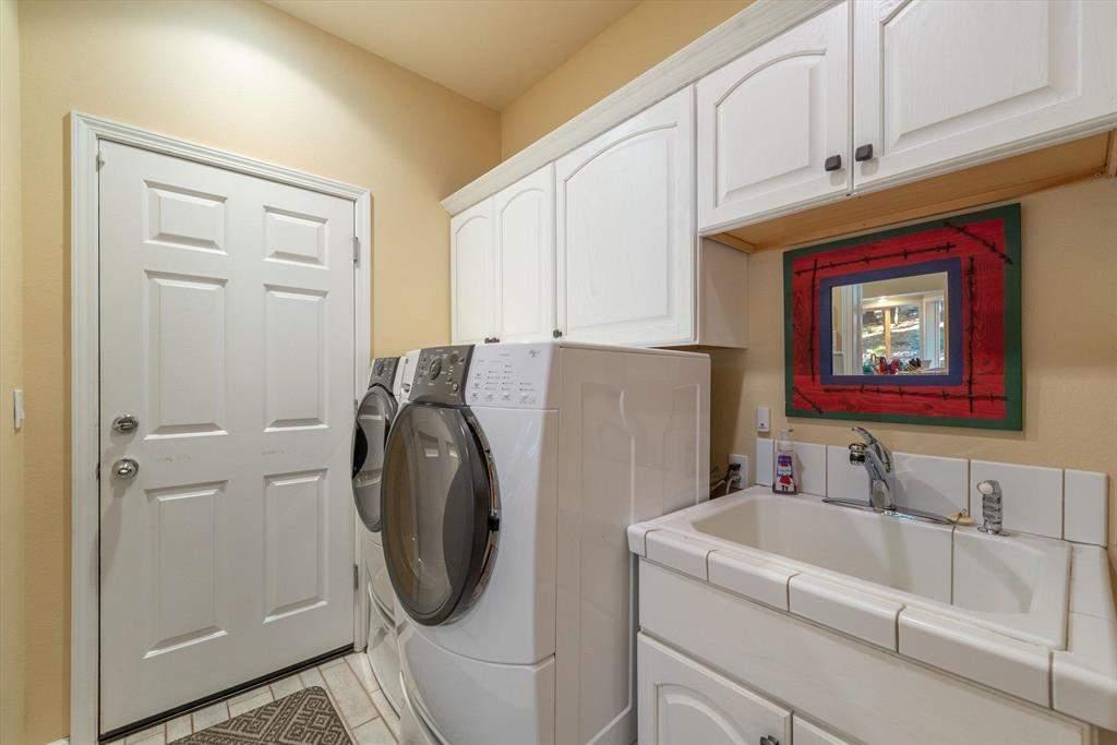 Laundry Room   12882 Falcon Point Pl.