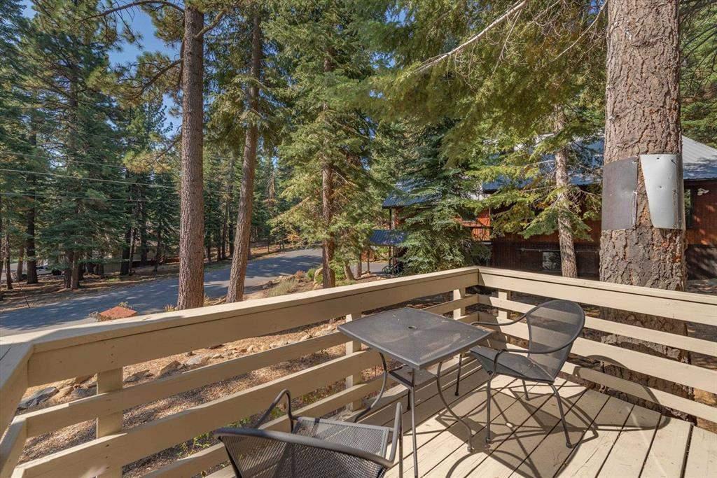 Deck   Tahoe Donner Luxury Property