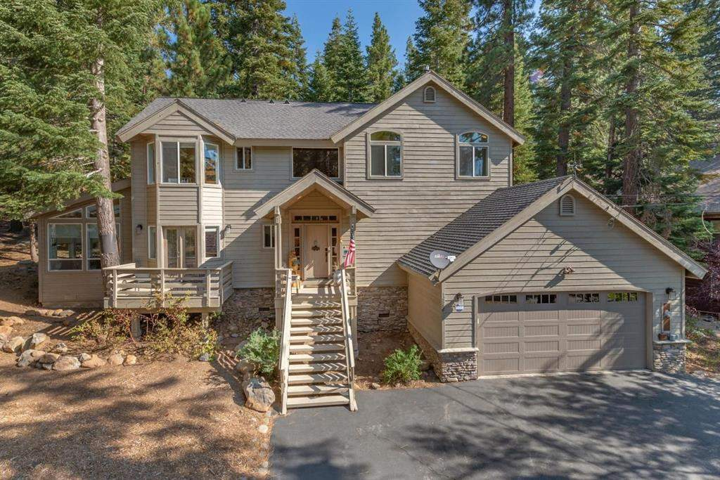 Tahoe Donner Luxury Property   12882 Falcon Point Pl.