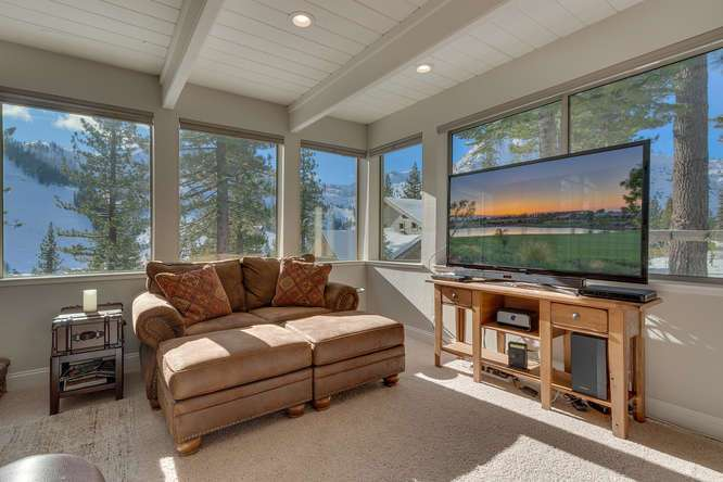 Squaw Valley Home for Sale | 1735-Paiute-Pl | Living-Room
