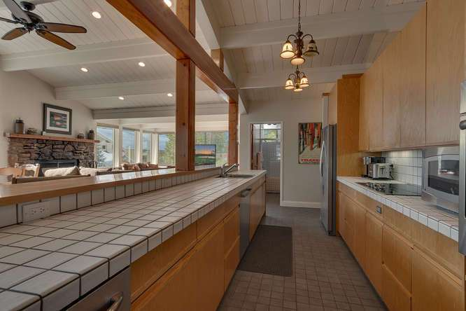Squaw Valley Real Estate | 1735-Paiute-Pl | Kitchen