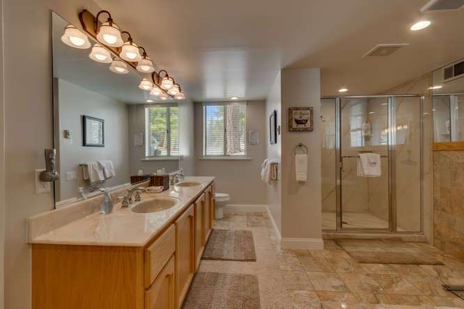 Home for Sale Squaw Valley | 1735-Paiute-Pl | Master Bathroom