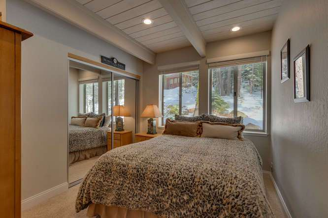 Squaw Valley Home for Sale | 1735-Paiute-Pl | Bedroom En suite